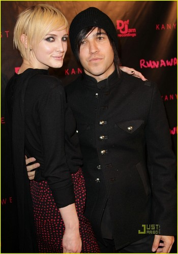 Ashlee & Pete @ Runaway Screening in LA