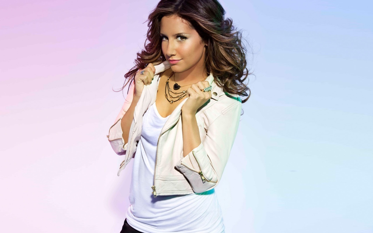 ashley tisdale 4 wallpapers - photo #35