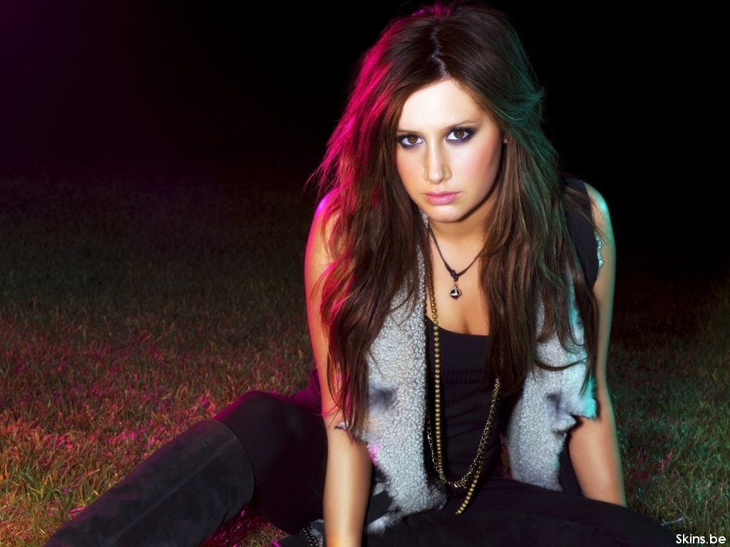 ashley tisdale 4 wallpapers -#main