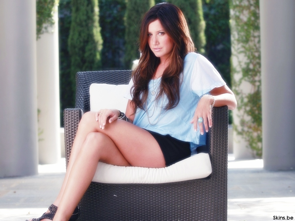 ashley tisdale 4 wallpapers - photo #32