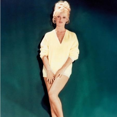 Brigitte Bardot karatasi la kupamba ukuta titled BB, séduisant