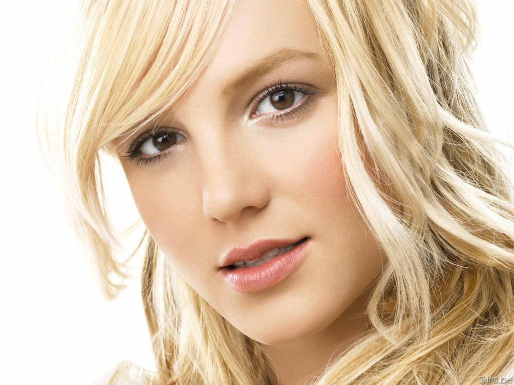 Britney 바탕화면
