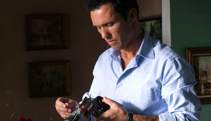 Burn Notice - Season 1 episode 1