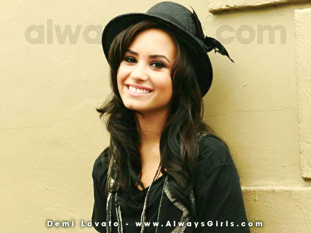 Demi Lovato 768 Wallpaper Fanpop