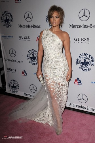 Jennifer @ The 32nd Annual Carousel Of Hope Ball-Arrivals