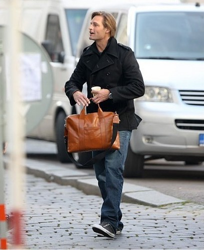 Josh Holloway, Set of Mission: Impossible 4