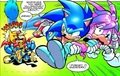 Julie-Su being rescued por Sonic