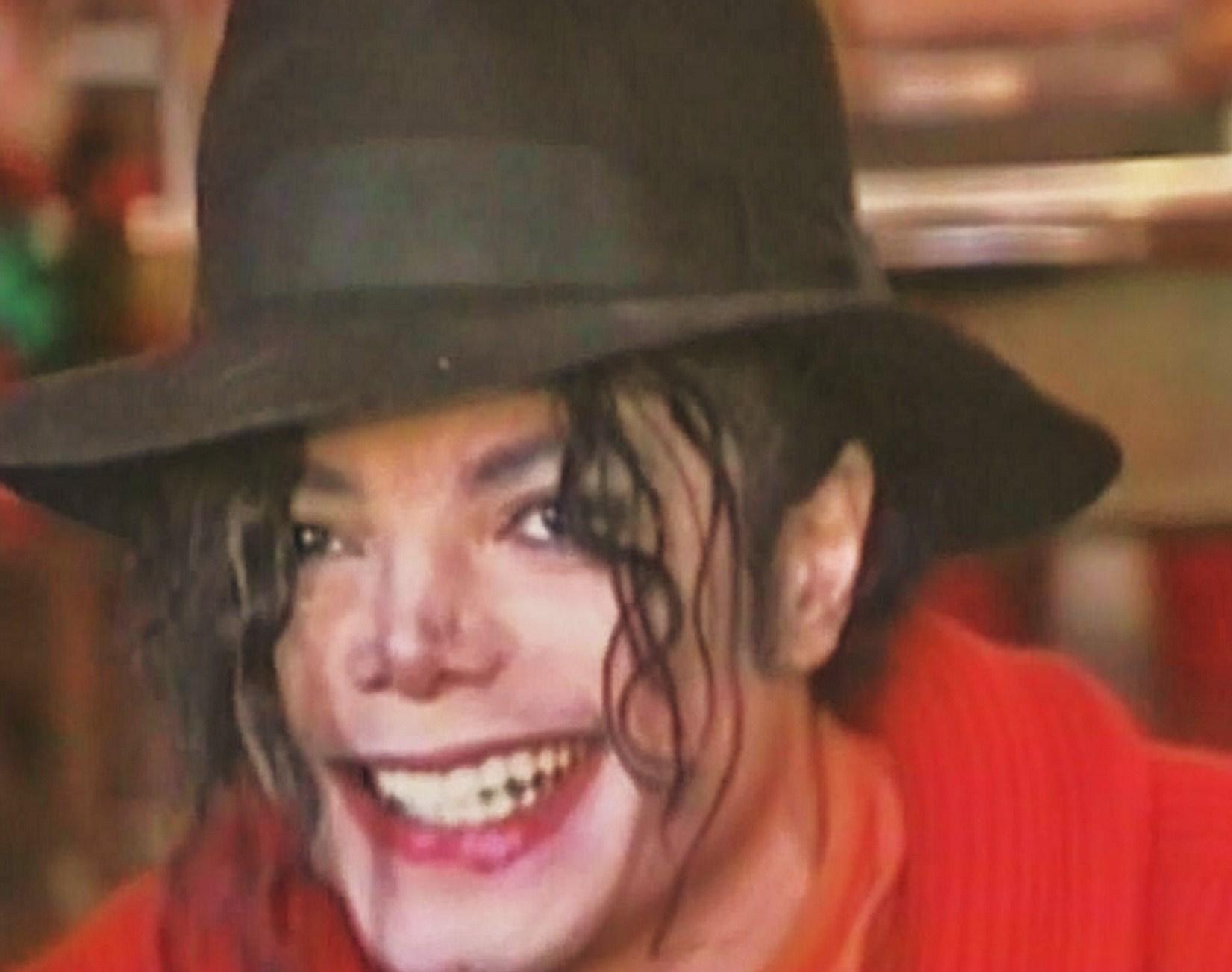 MJ and his super soaker