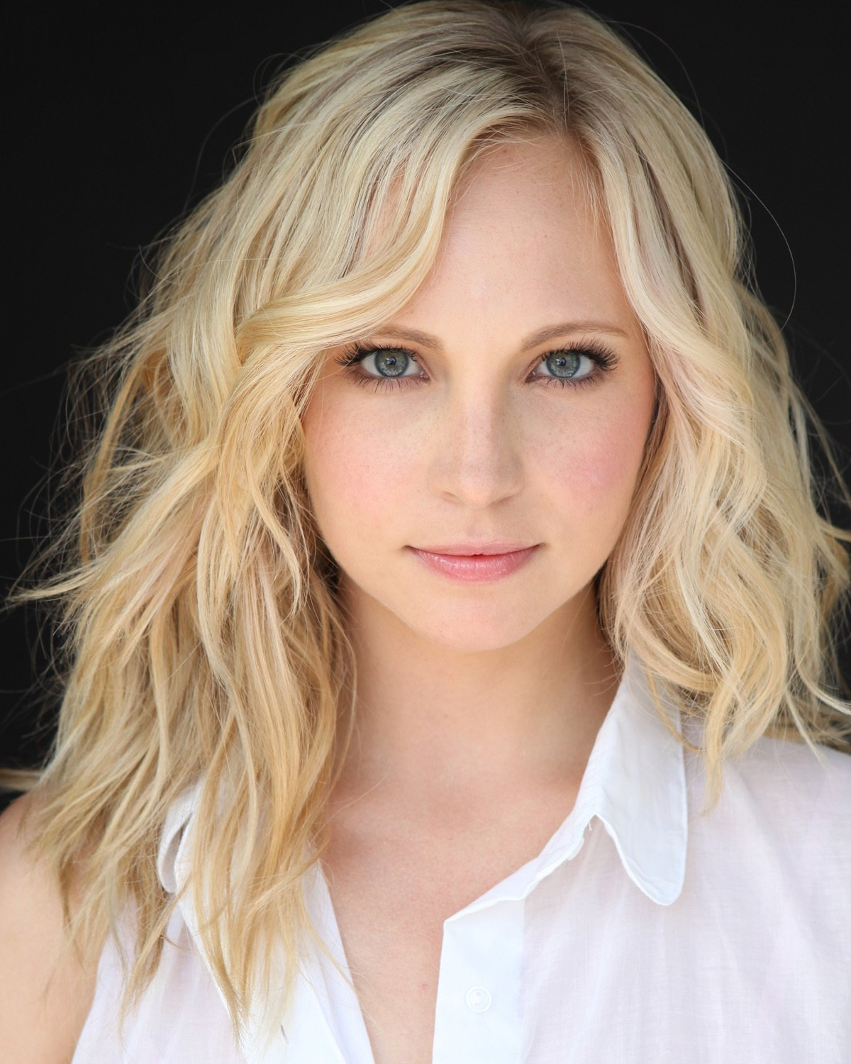 http://images4.fanpop.com/image/photos/16400000/New-HQ-Headshot-candice-accola-16474223-1200-1500.jpg