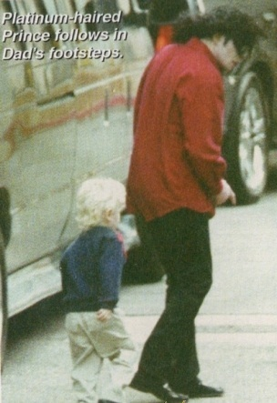 RARE: very sweet blonde Prince and beautiful daddyMJ