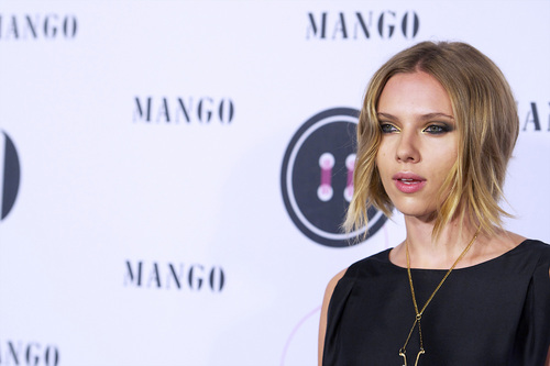 Scarlett @ 'El Botón' manga Fashion Awards