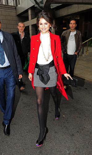 Selena Gomez Candids 2010