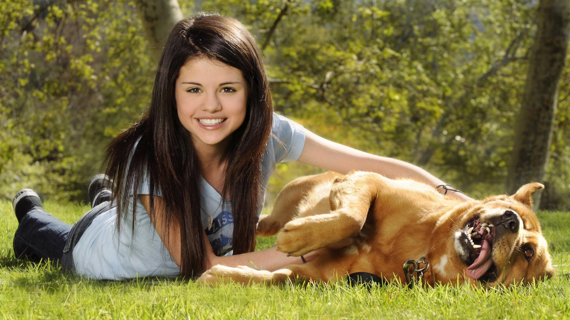 Selena Gomez Wallpapers - selena-gomez wallpaper