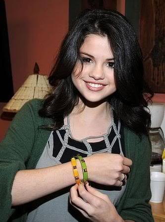 Selena !