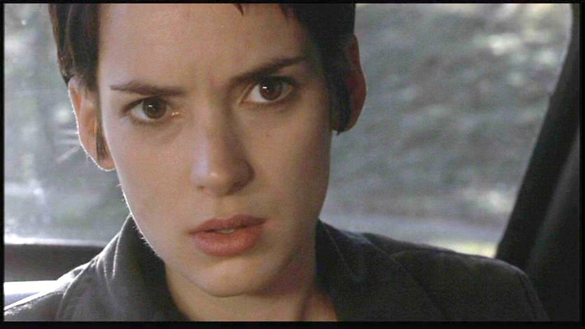 """girl interrupted by susanna kaysen essay """"girl, interrupted"""" – effects mental institutions have on people susanna kaysen states that """"[m]ental illness seems to be a communication problem between [two."""