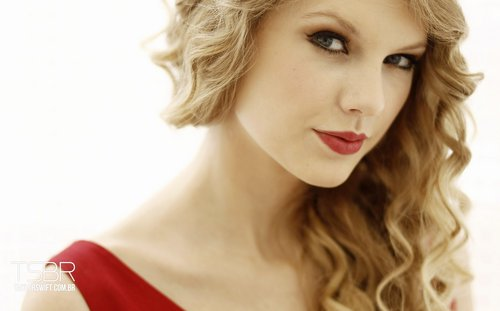 Taylor Swift wallpaper with a portrait titled Taylor Swift