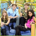 The Suite Life On Deck Cast!!