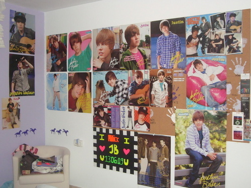 Justin Bieber wallpaper with an electric refrigerator and a refrigerator entitled like it?