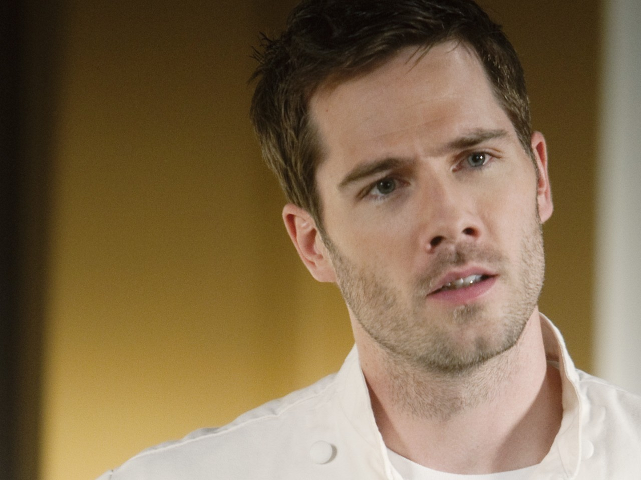 macfarlan dating Luke macfarlane, actor: over there luke macfarlane was born on january 19, 1980 in london, ontario, canada as thomas luke macfarlane jr he is an actor, known for over there (2005), brothers.