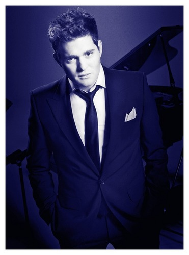 Michael Bublé Hintergrund with a business suit entitled micHAEl