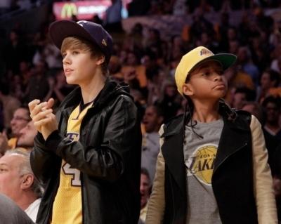 26.10 - Houston Rockets vs Los Angeles Lakers