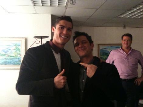 Alejandro-Sanz-and-Cristiano-Rinaldo