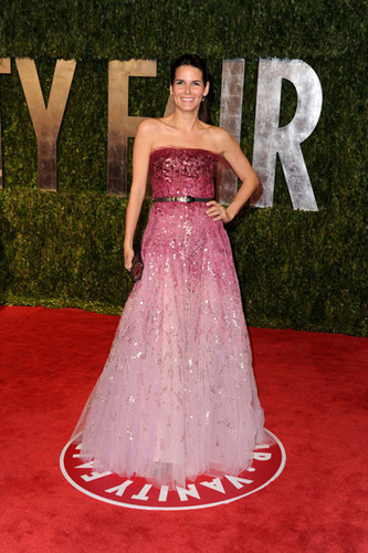 Angie @ 2010 Vanity Fair Oscar Party – Arrivals
