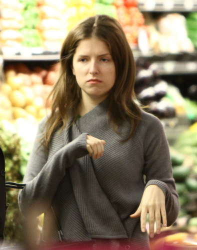 Anna Kendrick grocery shopping - October 22, 2010