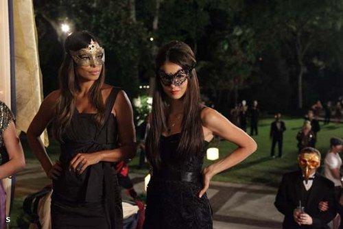 Behind the Scenes - 2x07 Masquerade