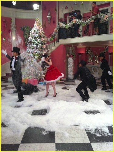 Big Time Rush - natal w/ Miranda Cosgrove