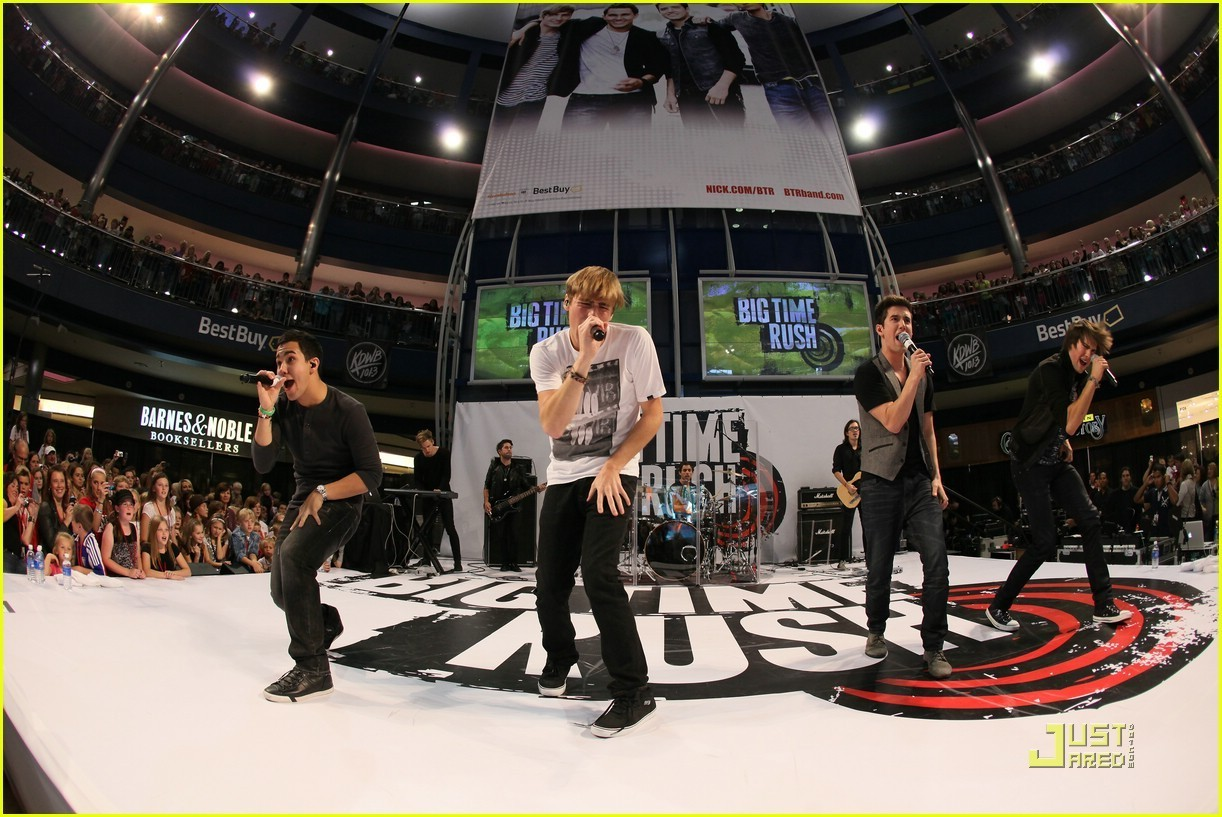 Big time rush images big time rush mall of america hd for How big is america