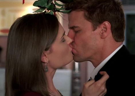 Bones & Booth - famous-kisses Photo