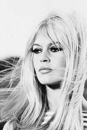 atrizes wallpaper possibly with a portrait entitled Brigitte Bardot