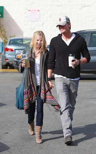 Chad Michael Murray wallpaper containing a business suit titled Chad Michael Murray and Kenzie Dalton: Coffee Shop Couple