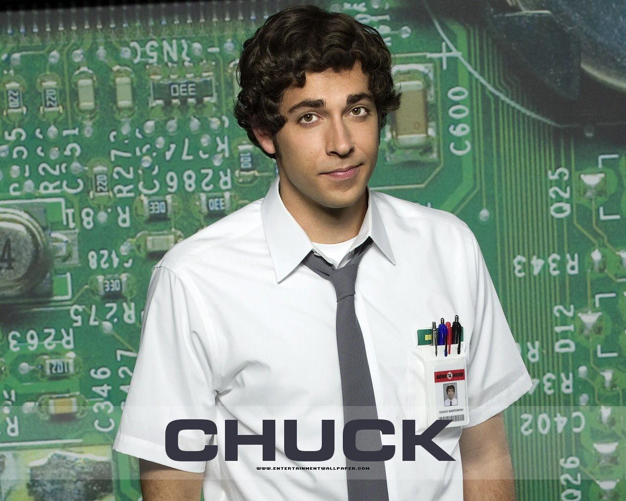 how tall is chuck bartowski