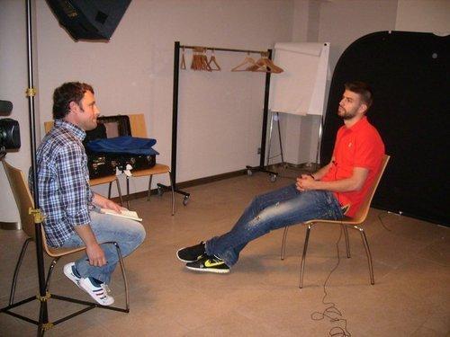 "Con Jose Larraza de canal + del programa""Informe Robinson"