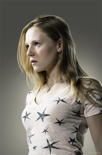 Emma bel, bell as Amy
