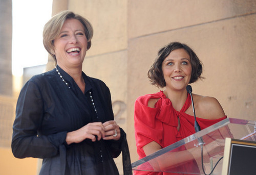 Emma Thompson Gets a étoile, star on the Walk of Fame