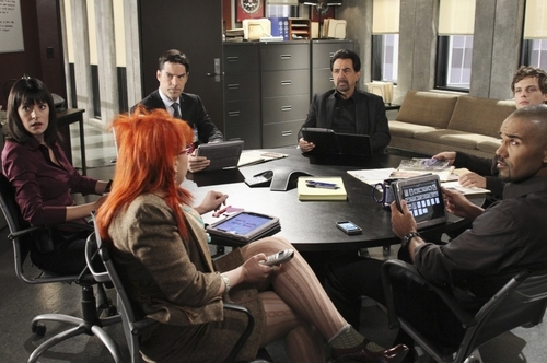 Episode 6.07 - Middle Man - Promotional foto's