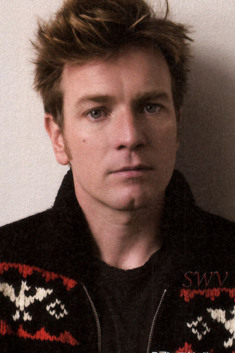 Ewan McGregor fondo de pantalla possibly containing a portrait called Ewan McGregor
