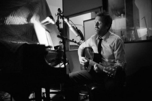 Hugh Laurie Blues - at Studio