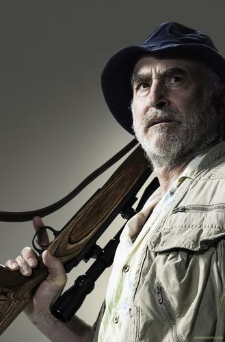 Jeffrey DeMunn as Dale