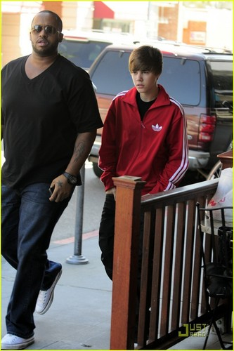Justin in Beverly Hills