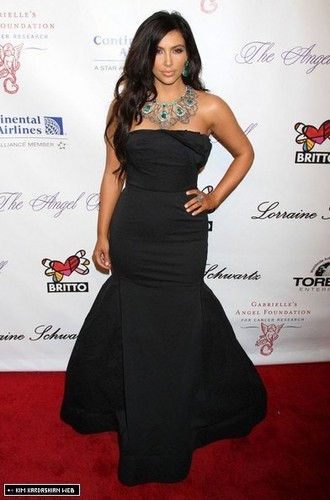 Kim @ 2010 Angel Ball to Benefit Gabrielle's Angel Foundation