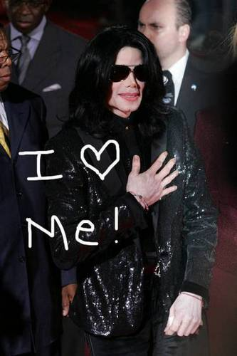 MJ UR SO AMAZING !!! LOVE U SOOO!!!!<3
