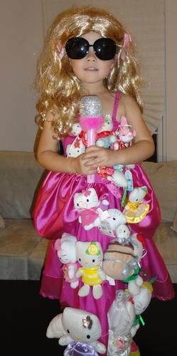 Mini Lady Gaga-Hello Kitty