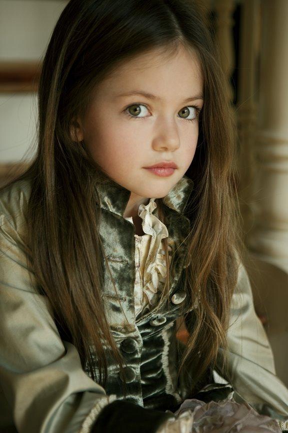 New Pics of Mackenzie Foy from Dani Brubaker Photoshoot