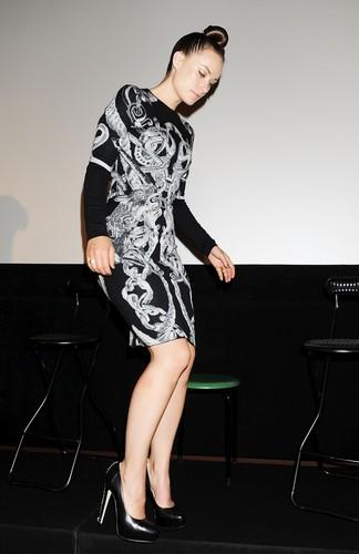 Olivia Wilde @ the 'Tron:Legacy' Special Presentation @ the 2010 Tokyo Film Festival (HQ)