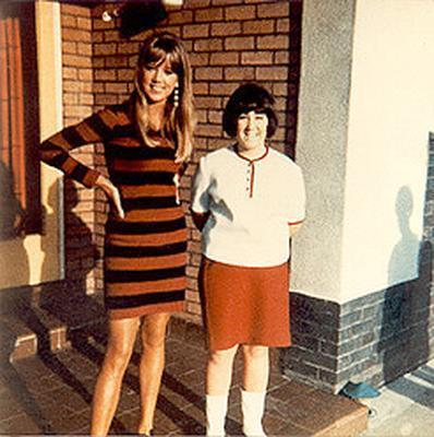 Pattie with a fan  - pattie-boyd Photo
