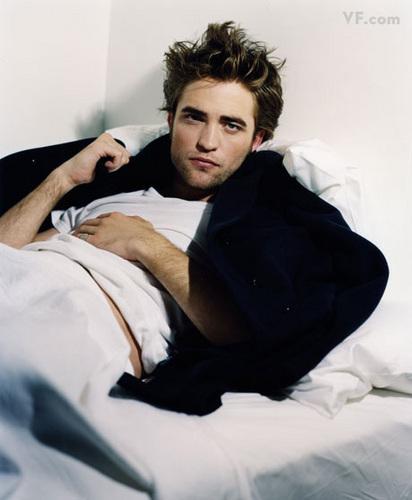 Robert Pattinson- vanity fair photoshoot